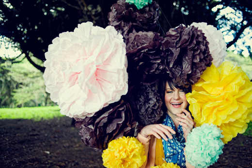 bio marketing photography pom-poms yellow pink brown