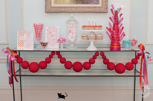 pink red paper dessert table